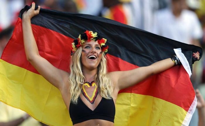 sexy girls flag German