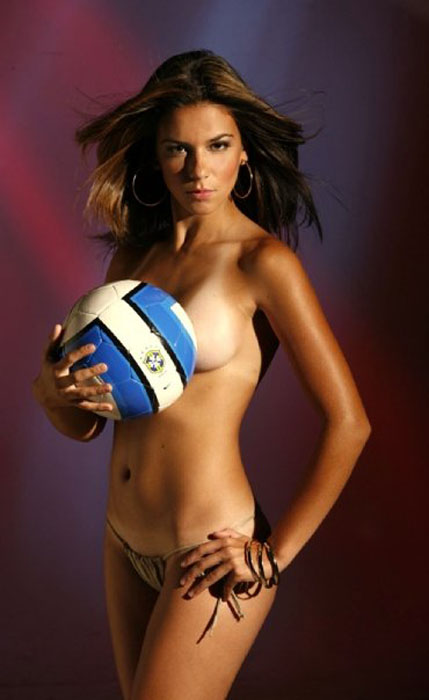 Laisa Andrioli Hottest Female Soccer Players 4