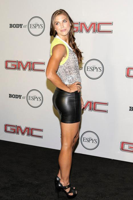 Alex Morgan Hottest Female Soccer Players 4